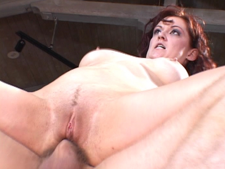 Pretty Wife Enjoy Big Cock Shoving